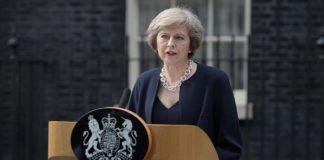 Την ελεύθερη μετακίνηση στη Βρετανία καταργεί η Τερέζα Μέι