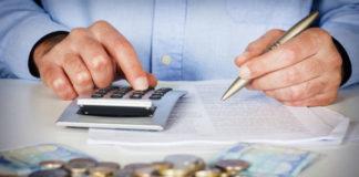 ΑΑΔΕ: Οριακά πάνω του στόχου τα φορολογικά έσοδα τον Απρίλη