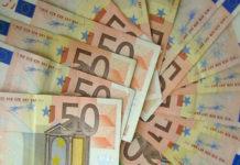 ΤτΕ: Στα 2,32 δισ. ευρώ το πρωτογενές πλεόνασμα στο 11μηνο