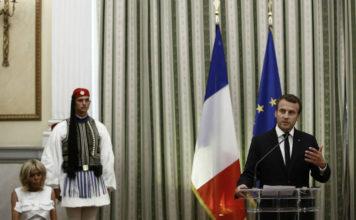Μακρόν: Και το δούλεμα συνεχίζεται αλά... γαλλικά!