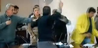 Επεισόδια στο 1ο δημοτικό συμβούλιο της Μάνδρας μετά την κακοκαιρία