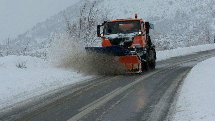 Σε επιφυλακή η Περιφέρεια Αττικής για τις χιονοπτώσεις