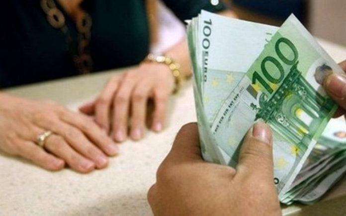 στους τραπεζικούς λογαριασμούς των συνταξιούχων