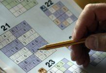 Οι μεσήλικες που λύνουν τακτικά σταυρόλεξα και προβλήματα με αριθμούς, εμφανίζουν οξύτερη σκέψη στην τρίτη ηλικία